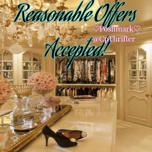 Tops - 👠Bundles Welcomed! 👛Reasonable Offers Accepted